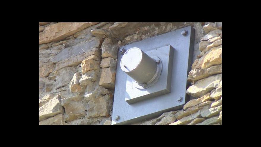 Video Události ČT: U Ohře probíhá rozsáhlé zajištění skal