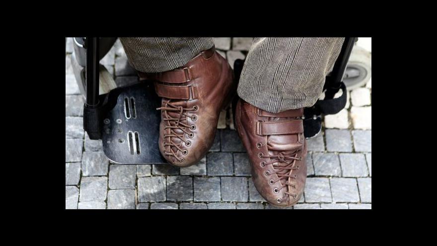 Video Události ČT: Zdravotně postiženým vzroste příspěvek