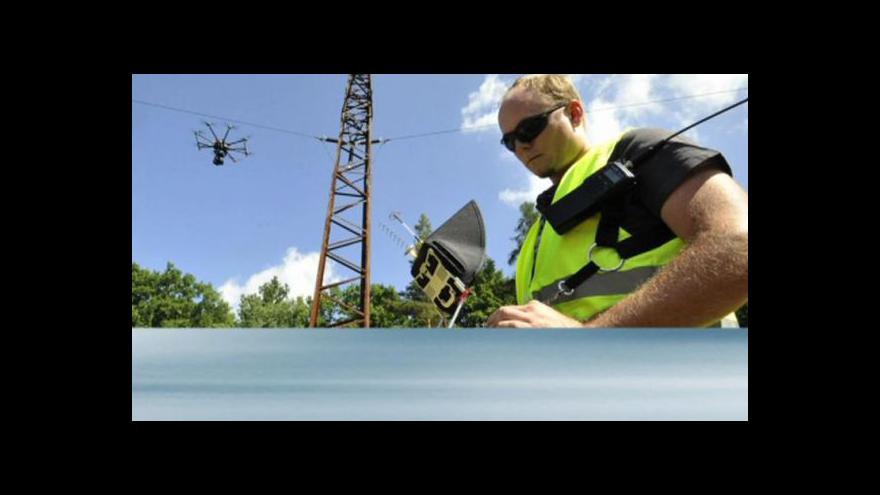 Video PODÍVEJTE SE, jak drony mohou kontrolovat elektrické vedení