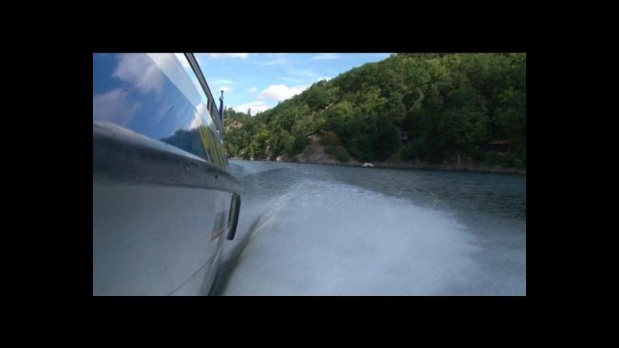 Video Motorové čluny jsou na Vranovské přehradě zakázány