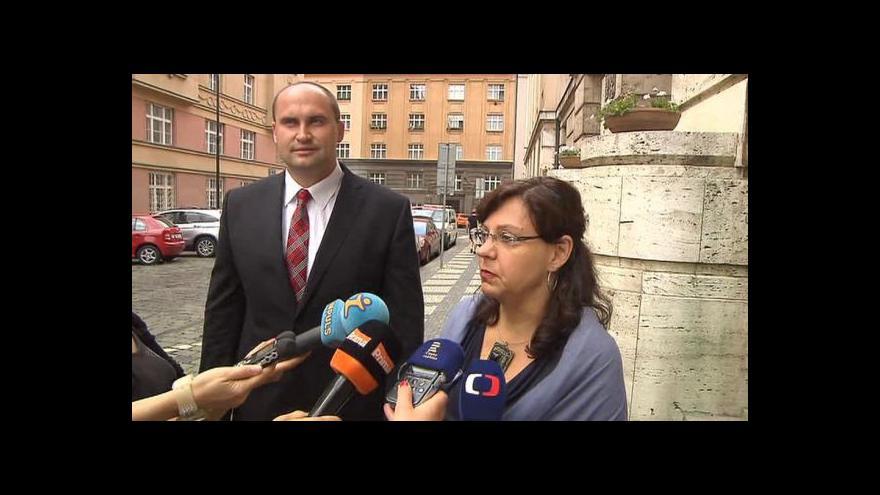 Video Zprávy: O mimořádné dotaci rozhodne vláda příští týden