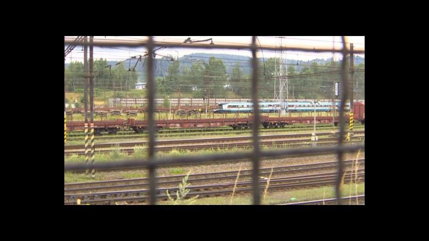 Video Události: Poškozené Pendolino míří do Prahy