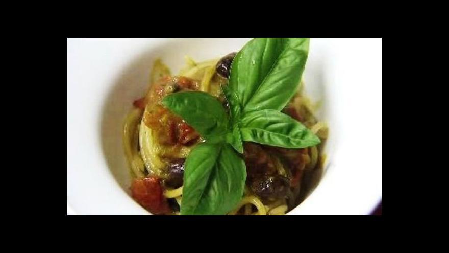 Video Reportér ČT: Salmonelu obsahovaly špagety a karbanátky