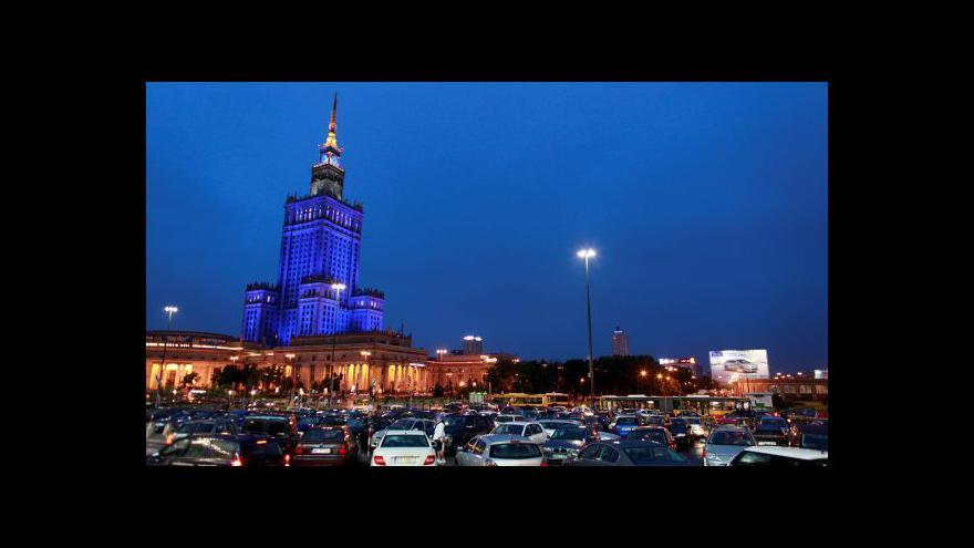 Video Palác kultury a vědy ve Varšavě slaví narozeniny