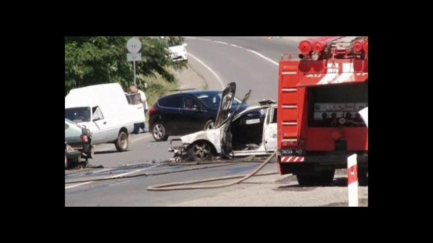 Video Ukrajinská policie se v Mukačevu střetla s Pravým sektorem