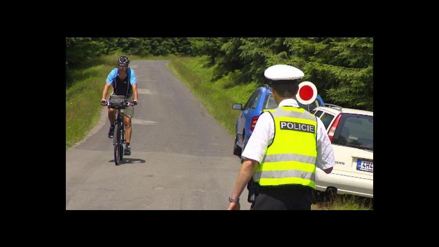 Video Události ČT: Policie rozjíždí na Liberecku akci proti cyklistům