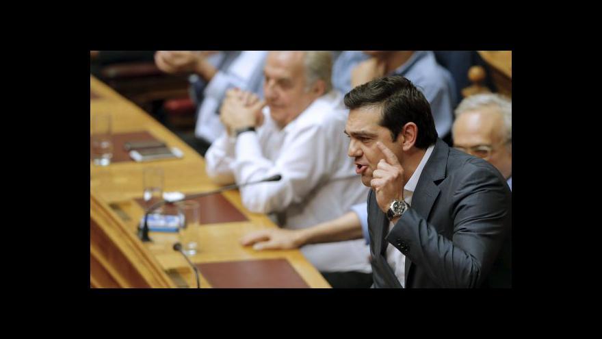 Video Z řecké vlády odcházejí odpůrci reforem
