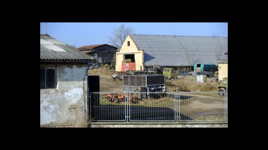 Video Bitva úřadů o muniční sklad ve Slatině