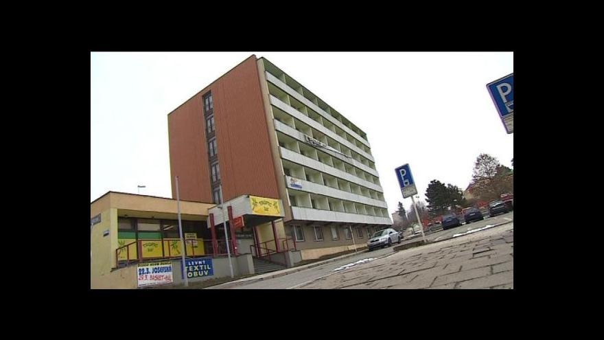 Video Bývalý luxusní hotel Dukla půjde k zemi