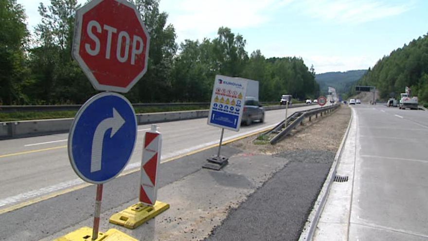 Video Mluvčí ŘSD: Opravy dálnic musí mít přednost před nižšími třídami