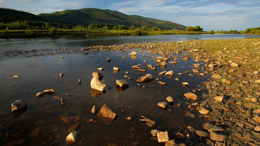 Video Události: Bajkal a odumírání vodních hub