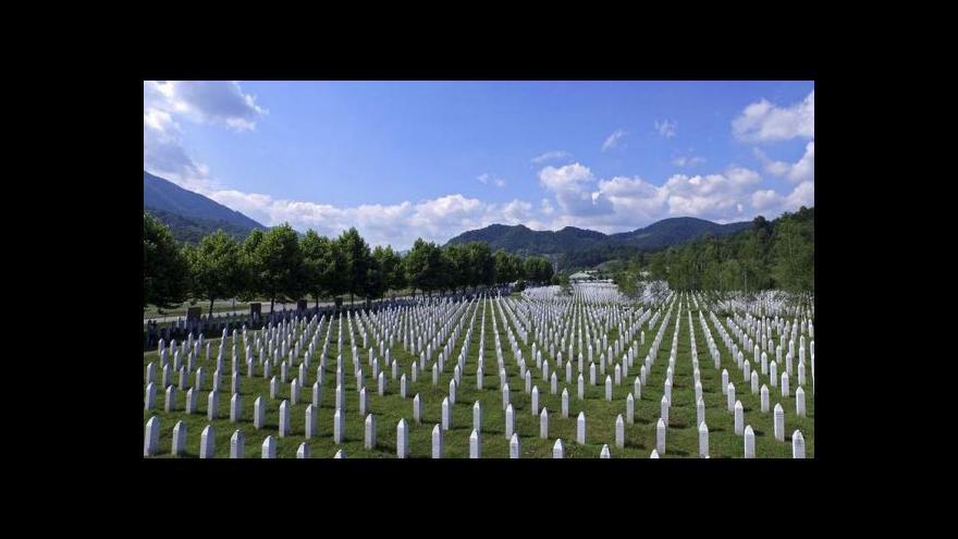 Video Srebrenica: Trauma těch, kteří měli zamezit masakru