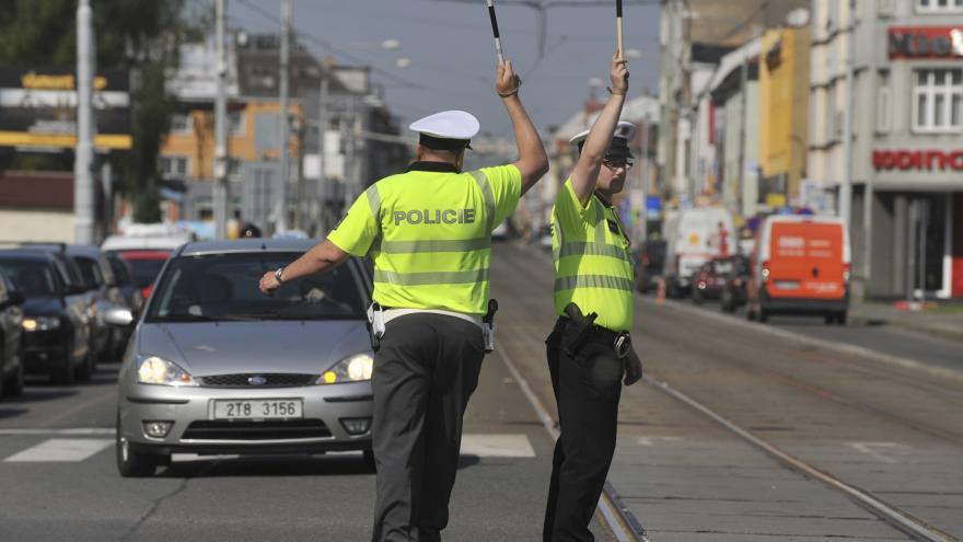 Video Události ČT: Policii trápí nedostatek lidí i přes vysoké náborové příspěvky
