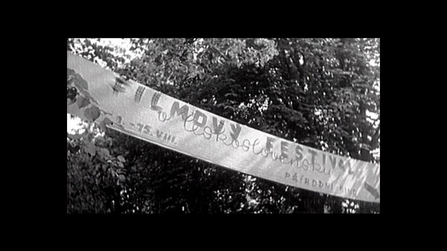 Video 50 let filmových Varů ve dvou minutách