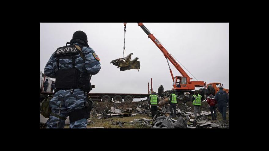 Video Okolnostmi pádu letu MH17 by se mohl zabývat mezinárodní tribunál