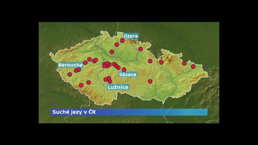Video Inspekce suché jezy pokutuje, lidé mohou posílat fotografie