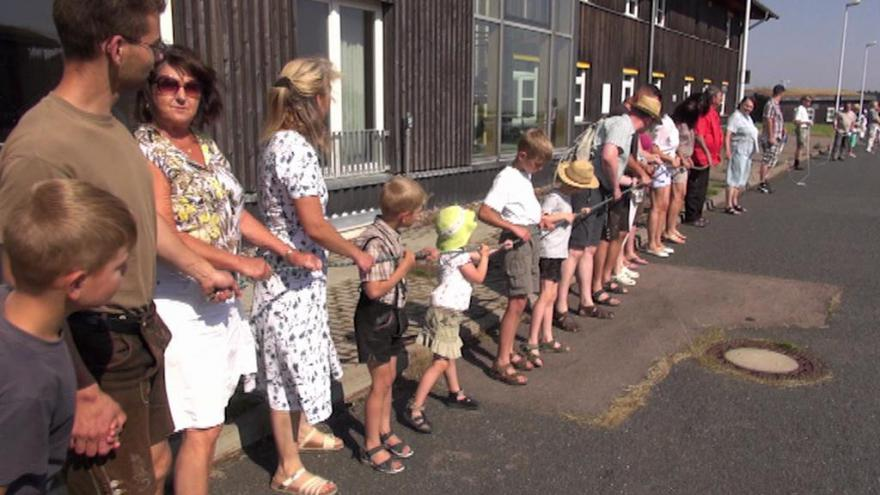 Video Rozhodnutí o umístění uprchlíků vzešlo ze saské strany