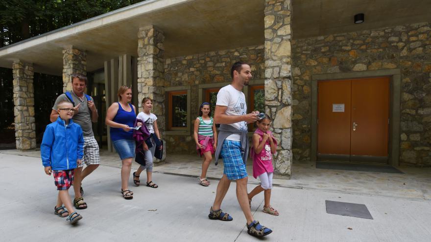 Video Události v regionech (Ostrava) - Javoříčské jeskyně mají novou provozní budovu