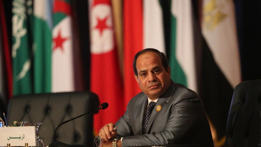 Video Protiteroristický zákon rozdělil Egypt