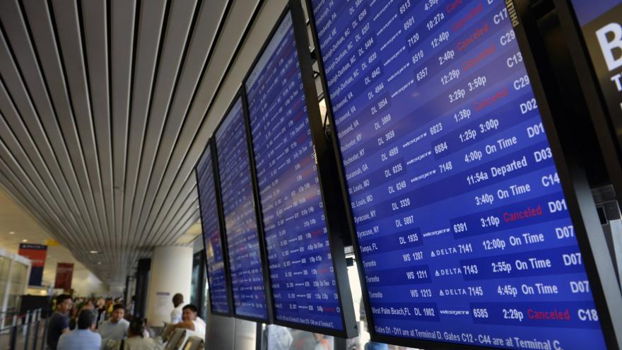 Video Za zpoždění letu mají lidé nárok na odškodnění