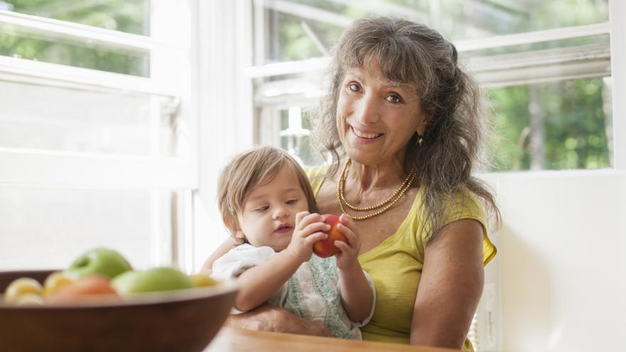 Video Události: TOP 09 navrhuje rodičovskou pro prarodiče