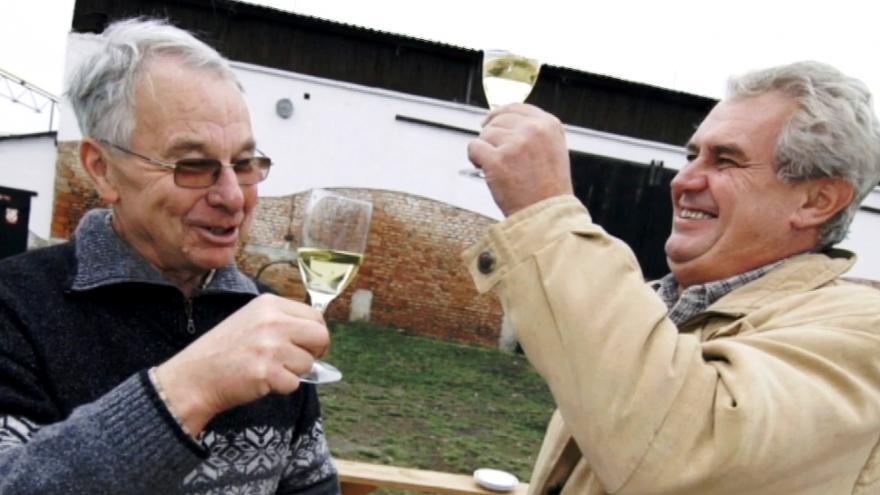 Video Reportéři ČT - Přístav mezi vinicemi