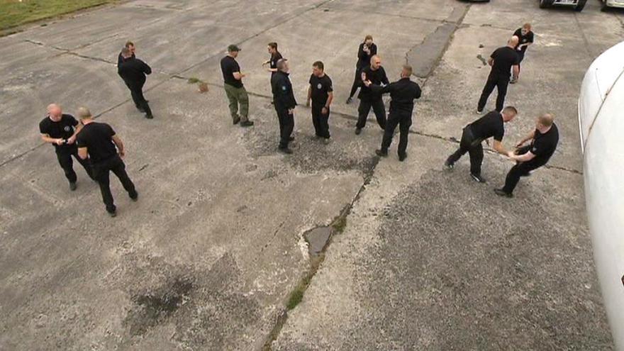 Video V Mošnově pořádají kursy leteckých maršálů
