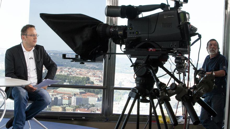 Video Otázky Václava Moravce: Financování politických stran