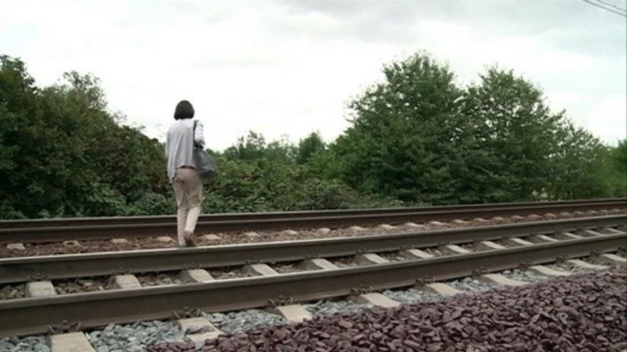 Video Události v regionech (Ostrava) - Správce železnic natírá koleje červenou barvou