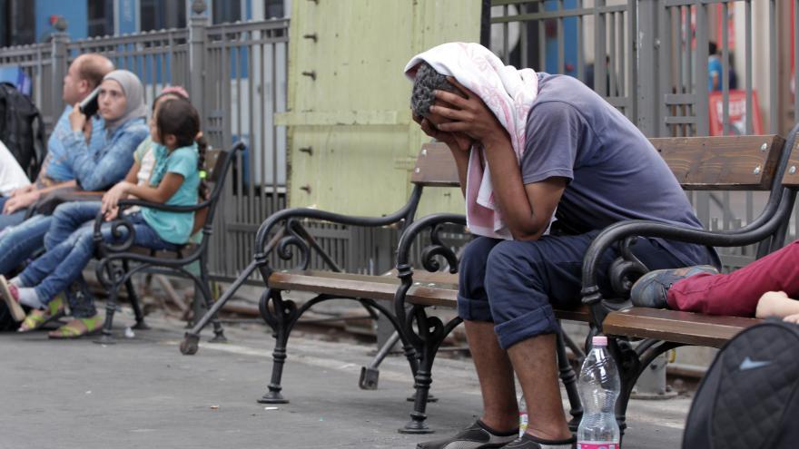 Video Reportáž: Záhřeb se s Budapeští pře o běžence