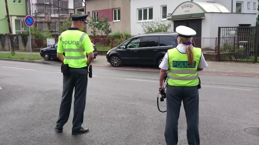 Video Bez komentáře: V Arménské ulici v Brně unikal plyn (natočeno mobilem)