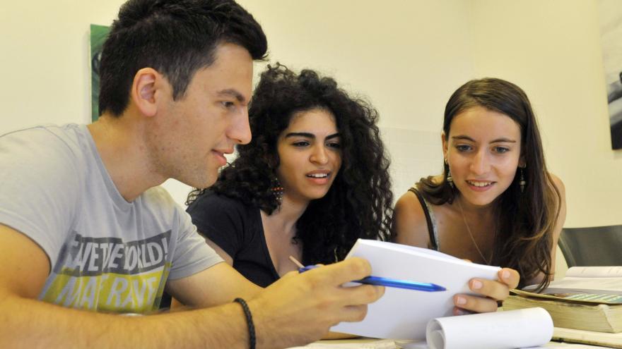 Video Studio 6 - Vysoké školy pomáhají uprchlíkům