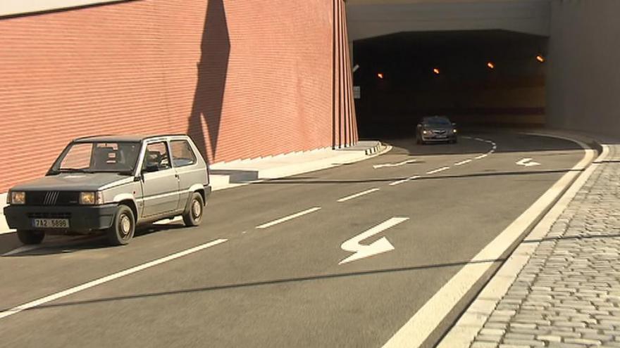 Video UDÁLOSTI: Blankou projela první auta