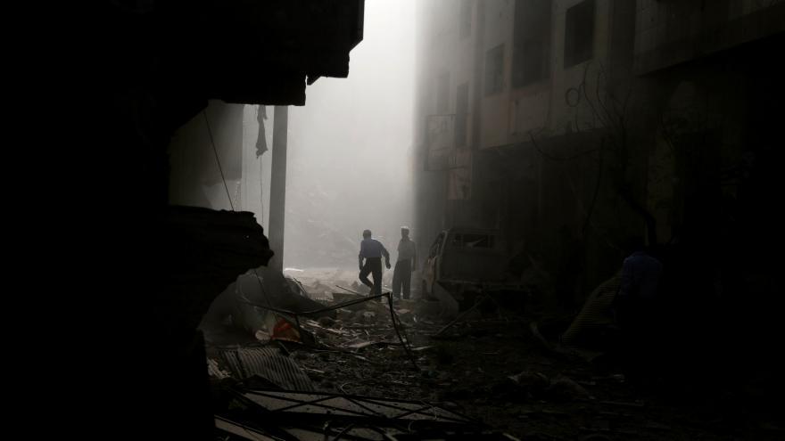 Video Studio ČT24 k ruským náletům v Sýrii a reakci Davida Camerona