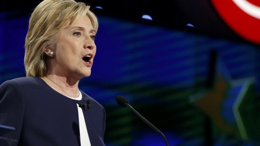 Video Řezníček: Debata ukázala, že Clintonová si je jistá v kramflecích