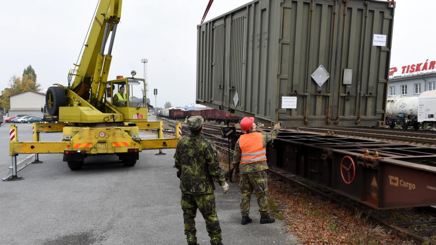 Video Události v regionech (Ostrava) - Čeští vojáci vyrazili do Maďarska chránit hranice