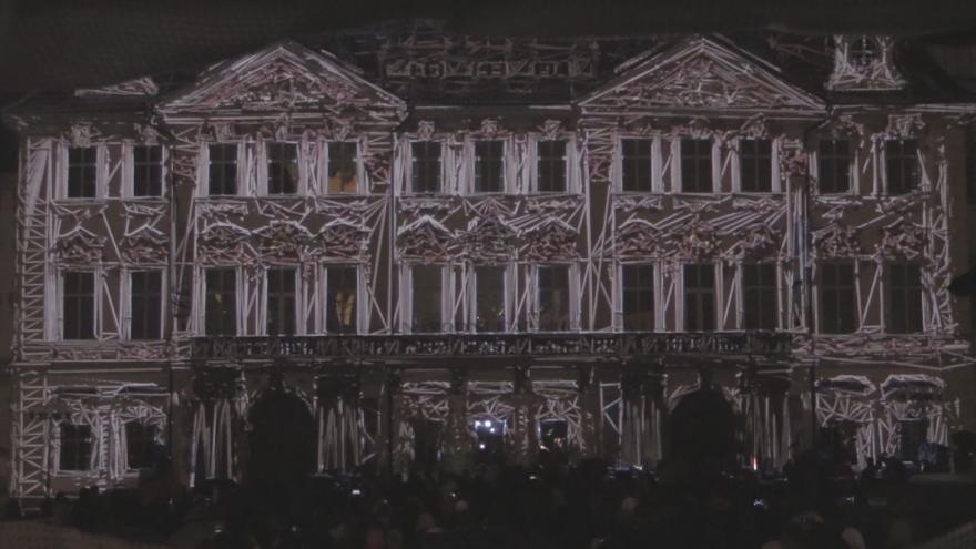 Video PETR KREJČÍK – VIDEOMAPPING na Paláci Kinských