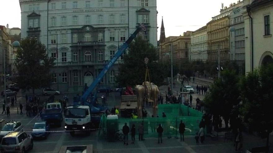 Video V Brně roste druhá nejvyšší jezdecká socha ve střední Evropě: markrabě Jošt