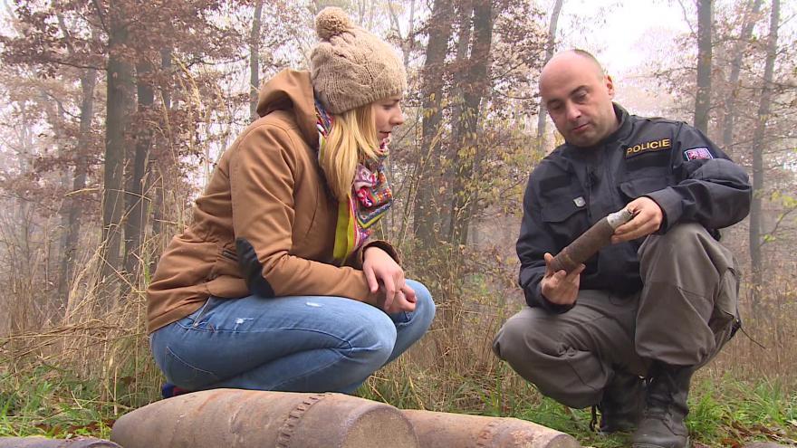 Video Policejní pyrotechnik Michal Švirga o nálezech v Bořím lese