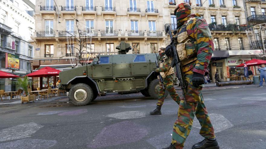 Video Josef Pazderka k policejnímu zátahu v Bruselu
