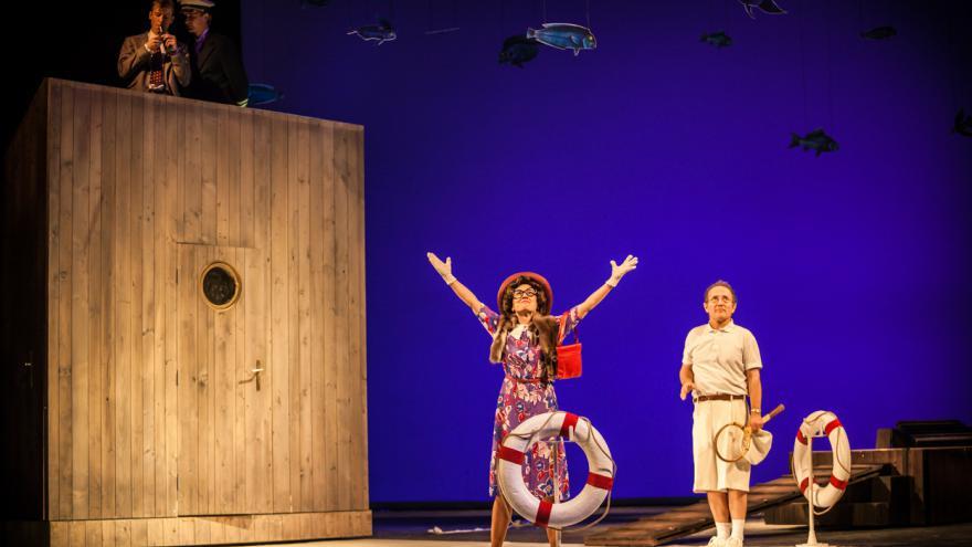 Video Bez komentáře: Saturnin v Národním divadle Brno