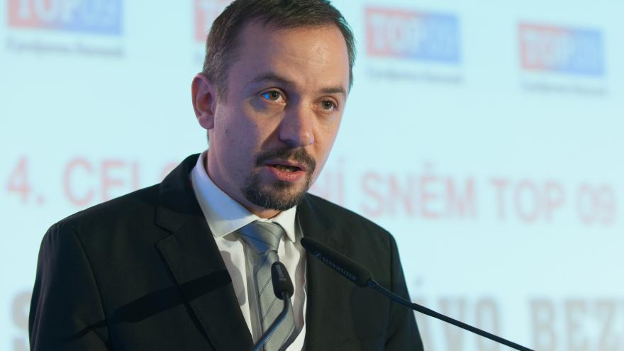 Video Marek Ženíšek: Kritika Babiše a Zemana voliče příliš netáhne