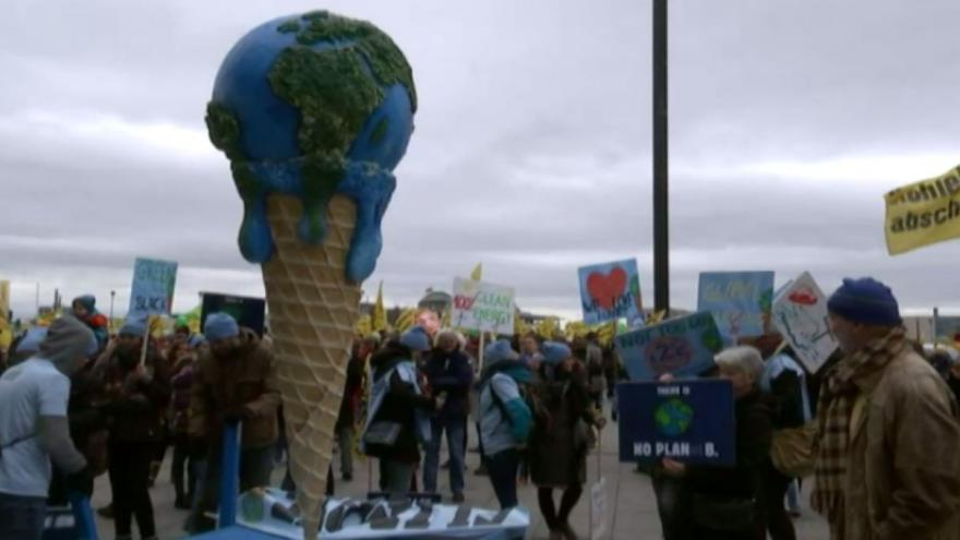 Video Klimatická konference v Paříži: Demonstrace ve světě
