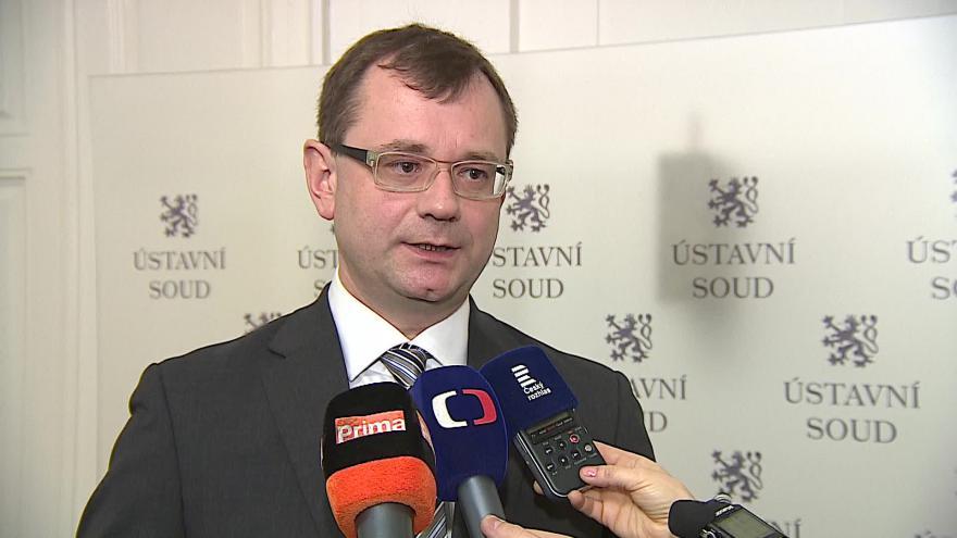 Video Soudce zpravodaj Vojtěch Šimíček o nálezu Ústavního soudu