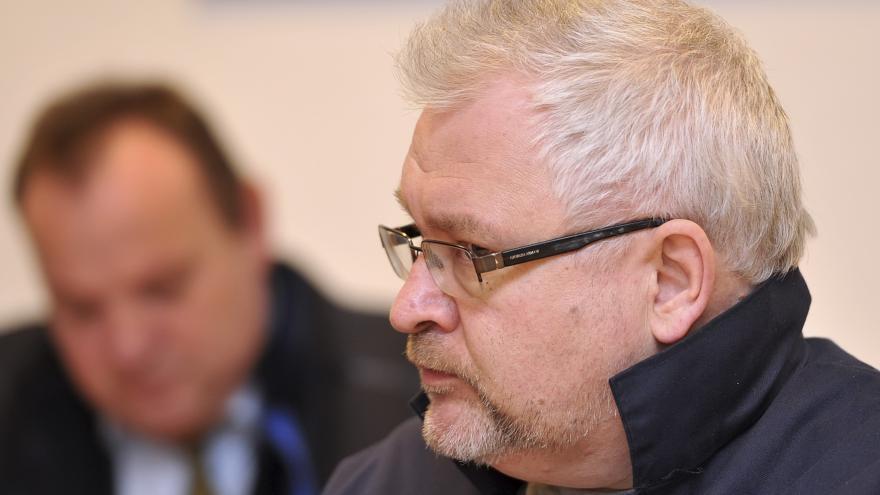 Video Zlínský soud zmírnil tresty skupině kolem podnikatele Vaškůje