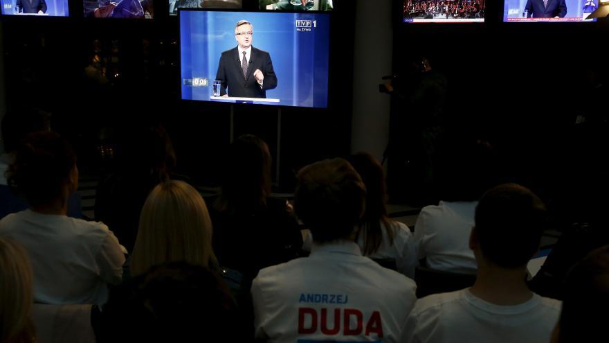 Video Komentátor MF DNES: Cesta k sankcím by mohla trvat měsíce