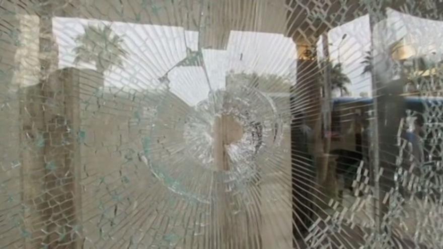 Video Szántó: V Hurghaře střílely jen pořádkové síly, útočníci používali nože