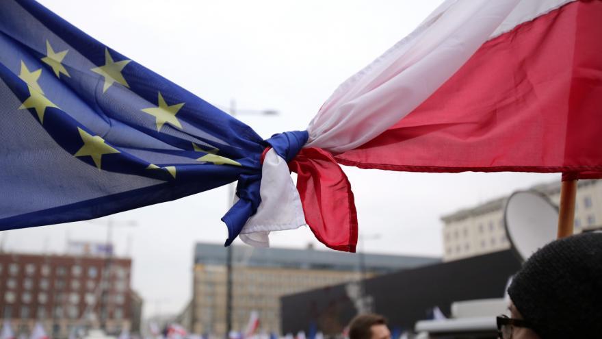Video Polonista: Napojení lidí v médiích na politiku není v Polsku nic nového