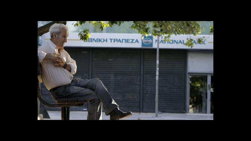 Video Řecké banky zůstanou týden zavřené