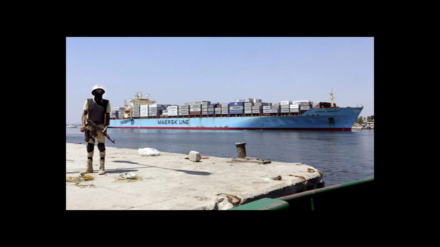 Video Egypt slavnostně otevírá nový Suezský průplav